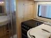 Autocaravana-Hymer-I-690-Cocina-y-Dormitorio