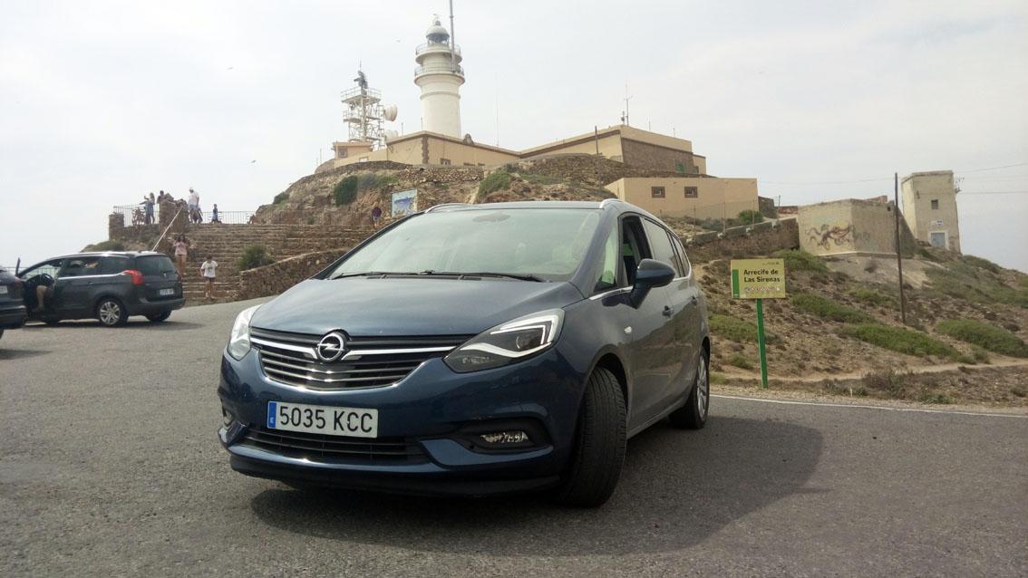 Opel Zafira cabo de Gata