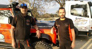 Salvador Moral y Carlos Ruiz del equipo La Mina 4x4 Extreme.